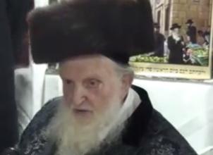 Rabbi Moshe Shternbuch at Dvar's Succah Dinner